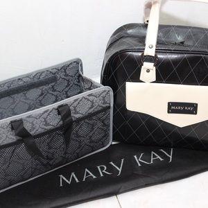 Mary Kay Handbags - Mary Kay Bag with Removable Organizer