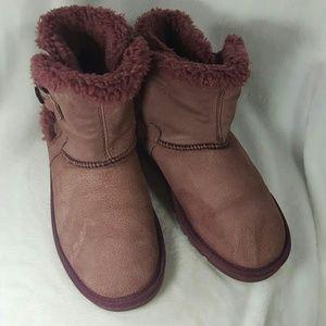 Lamo Shoes - 2 for $30 Lamo Sheepskin Winter Boots