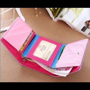 Boutique Bags - Pink Bifold Wallet