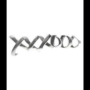 """Tiffany & Co. Jewelry - Tiffany & Co hugs & kisses 2.5"""" fashion brooch"""