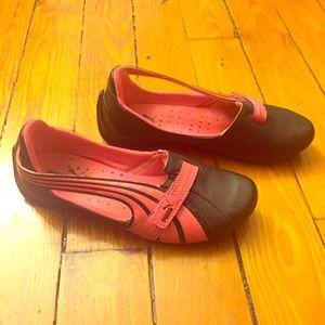 Puma Shoes - RARE Puma Pink and Black Slip on Mary Janes Size 5