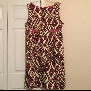 Avenue Dresses & Skirts - EUC Avenue Sheath Dress
