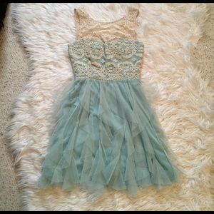 Teeze Me Dresses & Skirts - Mint party dress