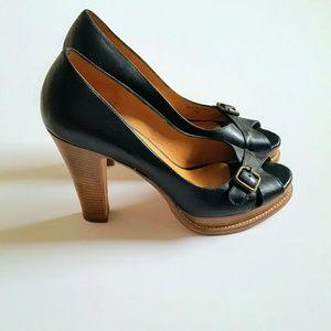 KORS Michael Kors Shoes - KORS Michael Kors Black/Brown Peeptoe Heels