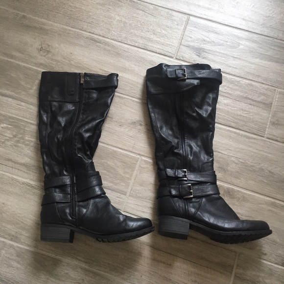 40% off Shoes - Black Wide Calf Boots - Size 10 from Sarah's ...