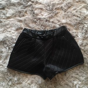 Pants - Endless Rose Sporty Quilted Shorts S