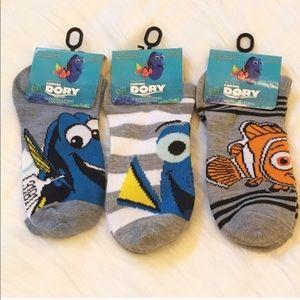 Disney Other - Finding Dory Socks