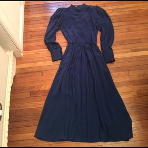 Vintage high-collared dress, size 4