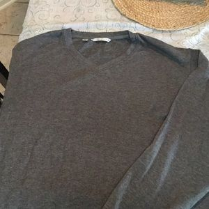 Cutter & Buck Other - Gently used Mens v neck sweater