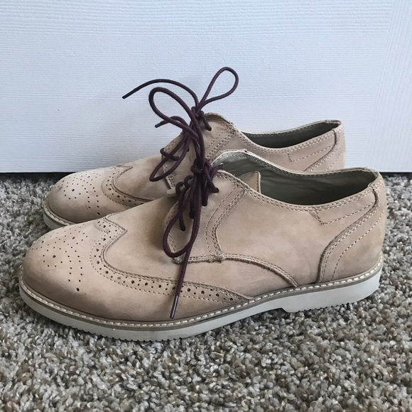 bac07b0f7e9 Tucker + Tate Leather Suede Tan Oxford Shoes. M 58a090d82599feb2fe009616