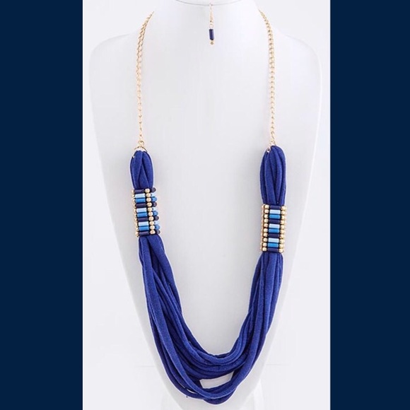 Jewelry - Unique Blue Fabric Necklace