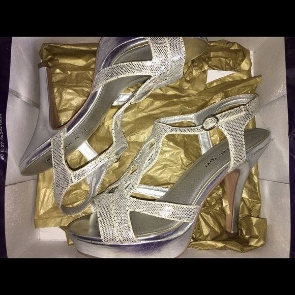e4de2b13599 Madden Girl Shoes - Madden Girl Silver Sparkly Prom Pageant Heels