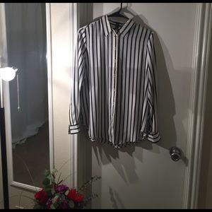 •closet closing•Black and White Dress Blouse