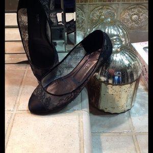 CHANEL Shoes - Chanel women's black lace shoes. Size 39.5/8.5