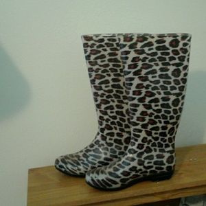 LAST CALL! Cute animal print rubber boots size 8