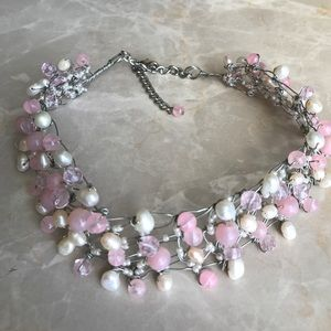 Jewelry - Pink and white pearl beaded choker