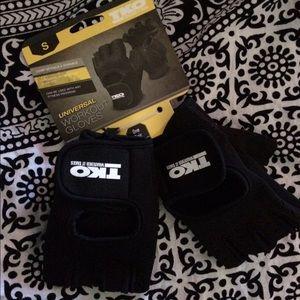 TKO Accessories - TKO universal workout gloves