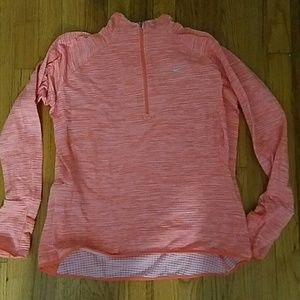 Nike 1/2 zip pullover women's large