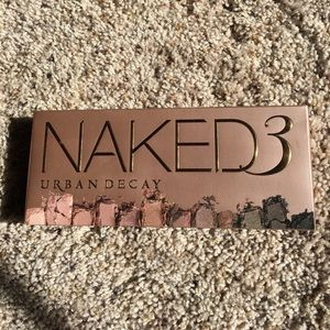 Urban Decay Other - NIB⭐ Urban Decay Naked 3 Eyeshadow Palette
