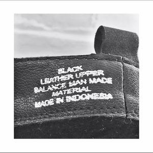 45e688b9443 Black Steve Madden double gold zipper ankle boot