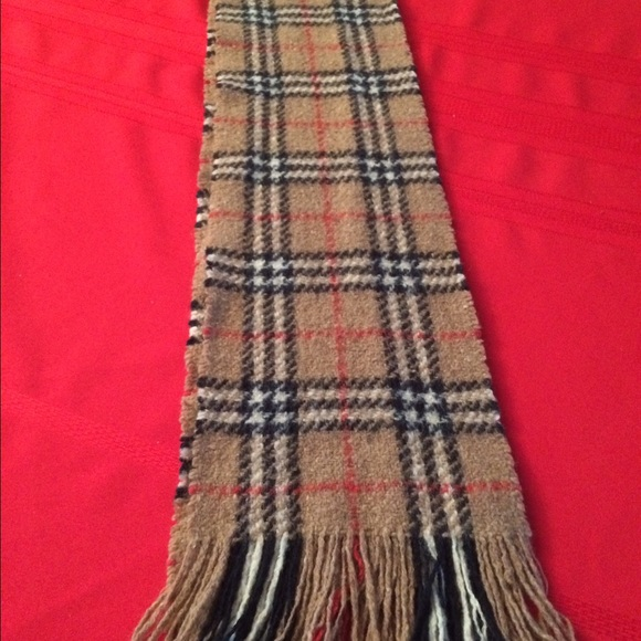 55 burberry accessories burberry wool scarf made in
