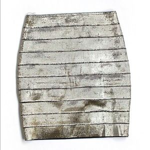 Dresses & Skirts - NWT S bandage skirt