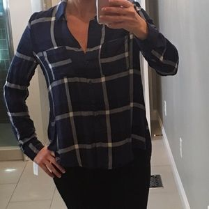 Francesca's Collections Tops - Francesca's plaid top