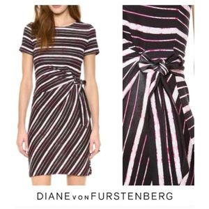 Diane von Furstenberg Dresses & Skirts - Diane von Furstenberg Brie Cap Sleeve Dress