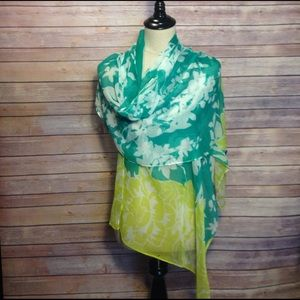 Charming Charlie Accessories - Shades of Green Scarf