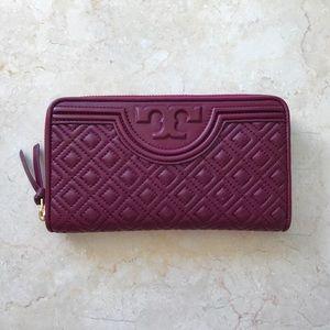 Tory Burch Handbags - Tory Burch Fleming Zip Wallet in Port Royal