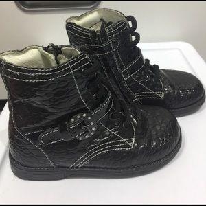 Primigi Other - Prigimi Toddler boots