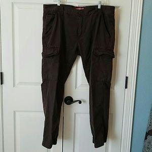 Arizona Jean Company Other - Arizona Jeans Cargo Pants