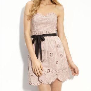 ✨HOST PICK✨ BCBG rose eyelet taffeta ribbon dress