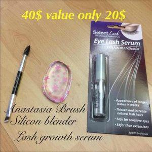Other - Anastasia brush & Silicon Beauty Makeup Blender 💋
