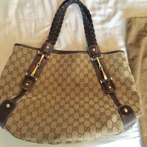 Gucci Handbags - Gucci hobo shoulder bag braided