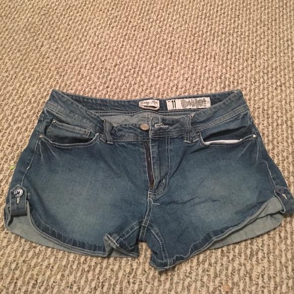 Pants - 💙cute denim shorts💙