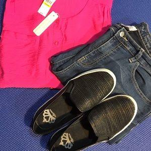 Fergie Shoes - Fergalicious black loafers