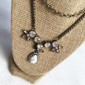 💞 White Fancy Statement Necklace