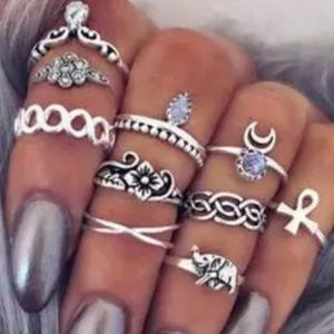 Jewelry - Set of 10 Midi Silver Boho Rings