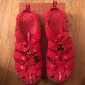 Keen Shoes - NWOT Keen Women Water Shoes