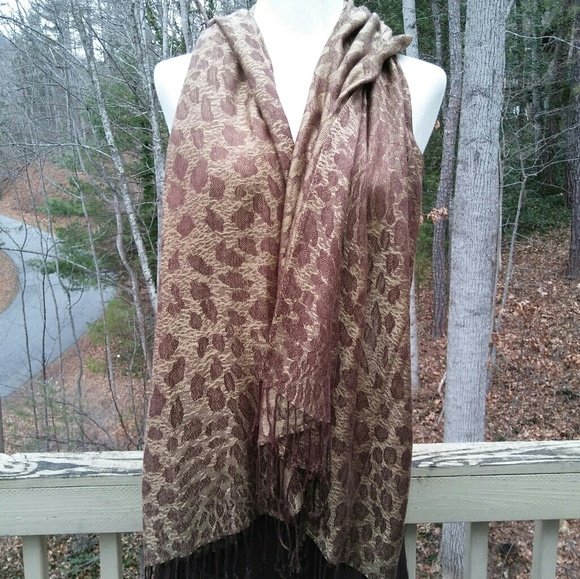 Vintage Accessories - 2for1 ANIMAL Print Shawl