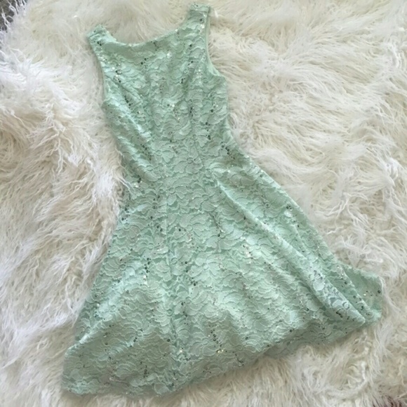 Size 3 prom dresses 80