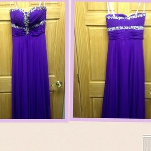 Tony Bowls Dresses & Skirts - Formal Dress