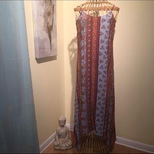 Dresses & Skirts - Gypsy hippie maxi dress