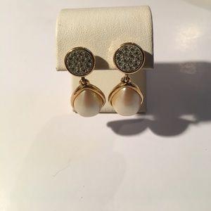 Gold Pearl Teardrop Cluster Earrings