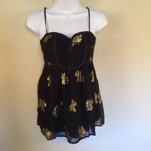 Yumi Kim Tops - Yumi Kim Black & Gold Tank Top Size XS