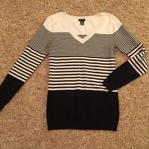 Black & White Striped V Neck Sweater