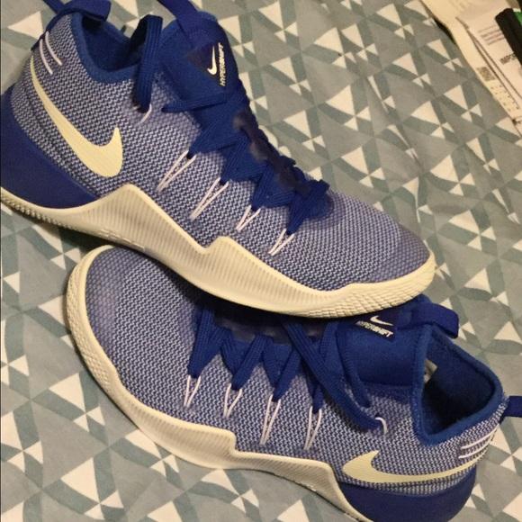 wholesale dealer e5545 73e02 Men s Hypershift low cut shoes. Nike. M 58a11214c284569bd508d4b5.  M 58a11214c284569bd508d4b5