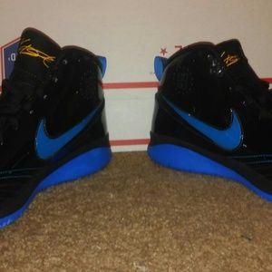 pretty nice d7c15 b0afe Nike Shoes - Nike Kevin Durant KD 1 OKC Away Color 344472-081