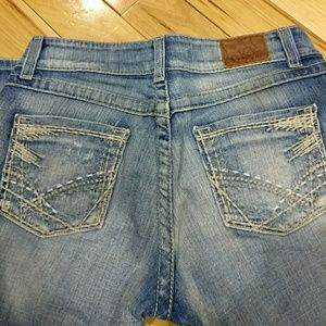 Buckle Denim - BKE  culture stretch Capris jeans size 28